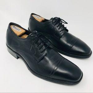 Johnston + Murphy Black Cap Toe Oxfords Shoes